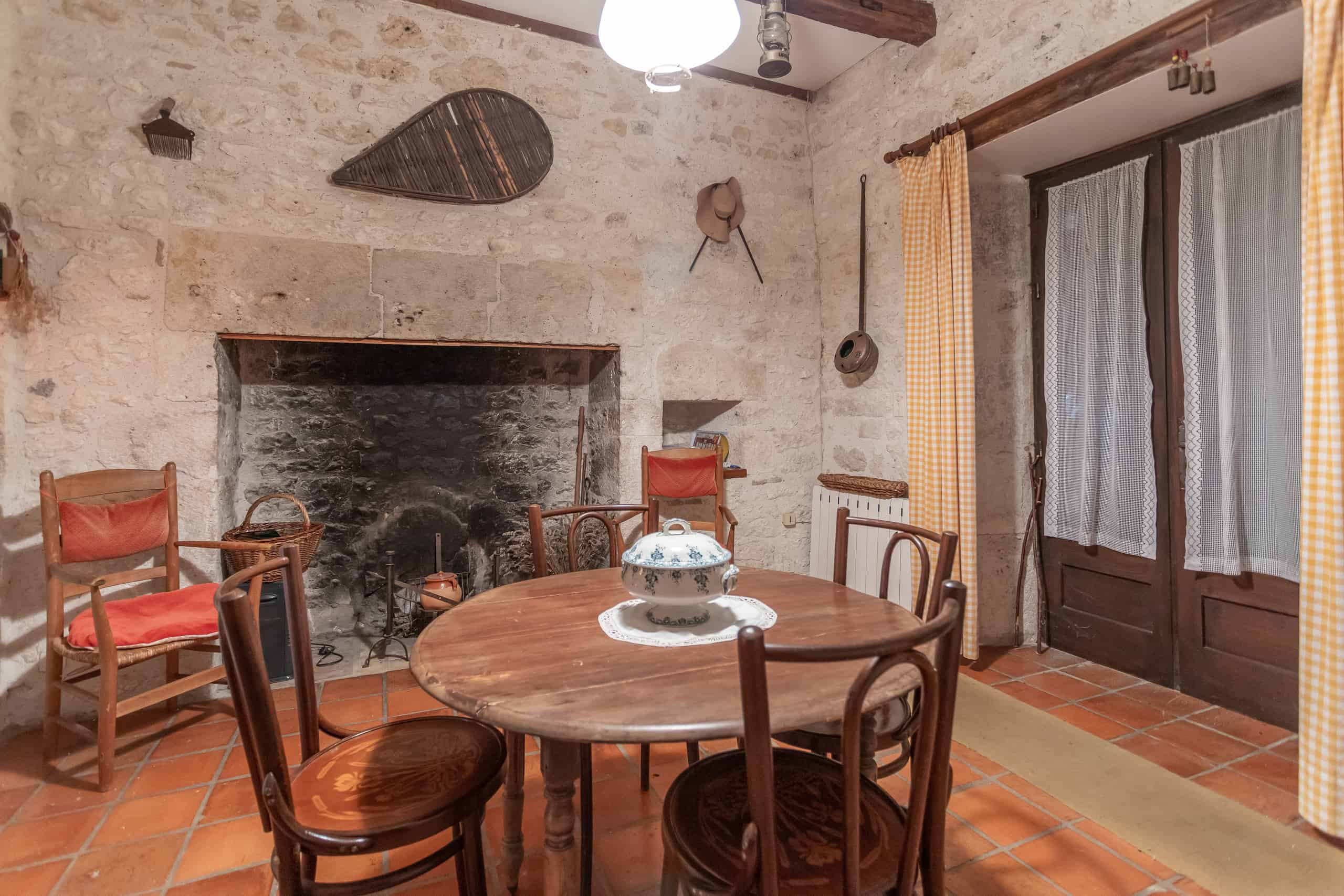 Diningroom-47015