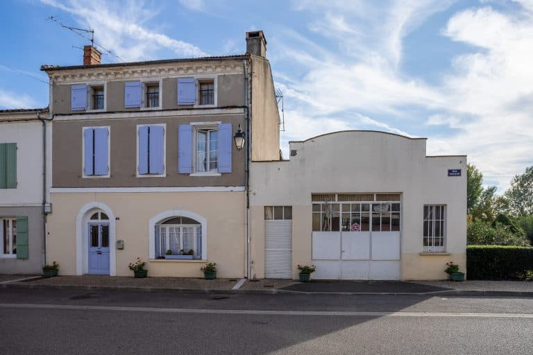 Village house backing onto Garonne was old forge