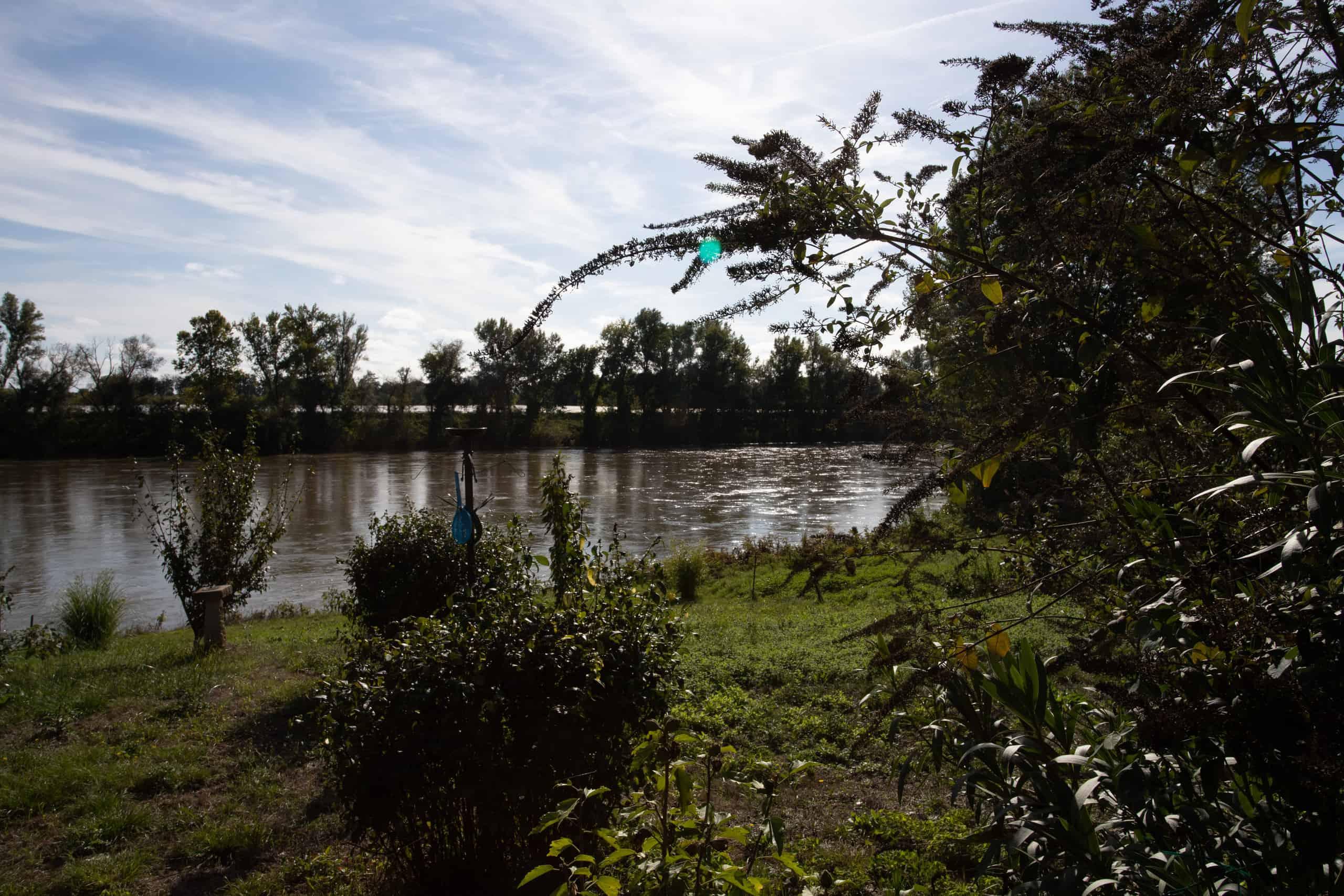 Riverbank-47014