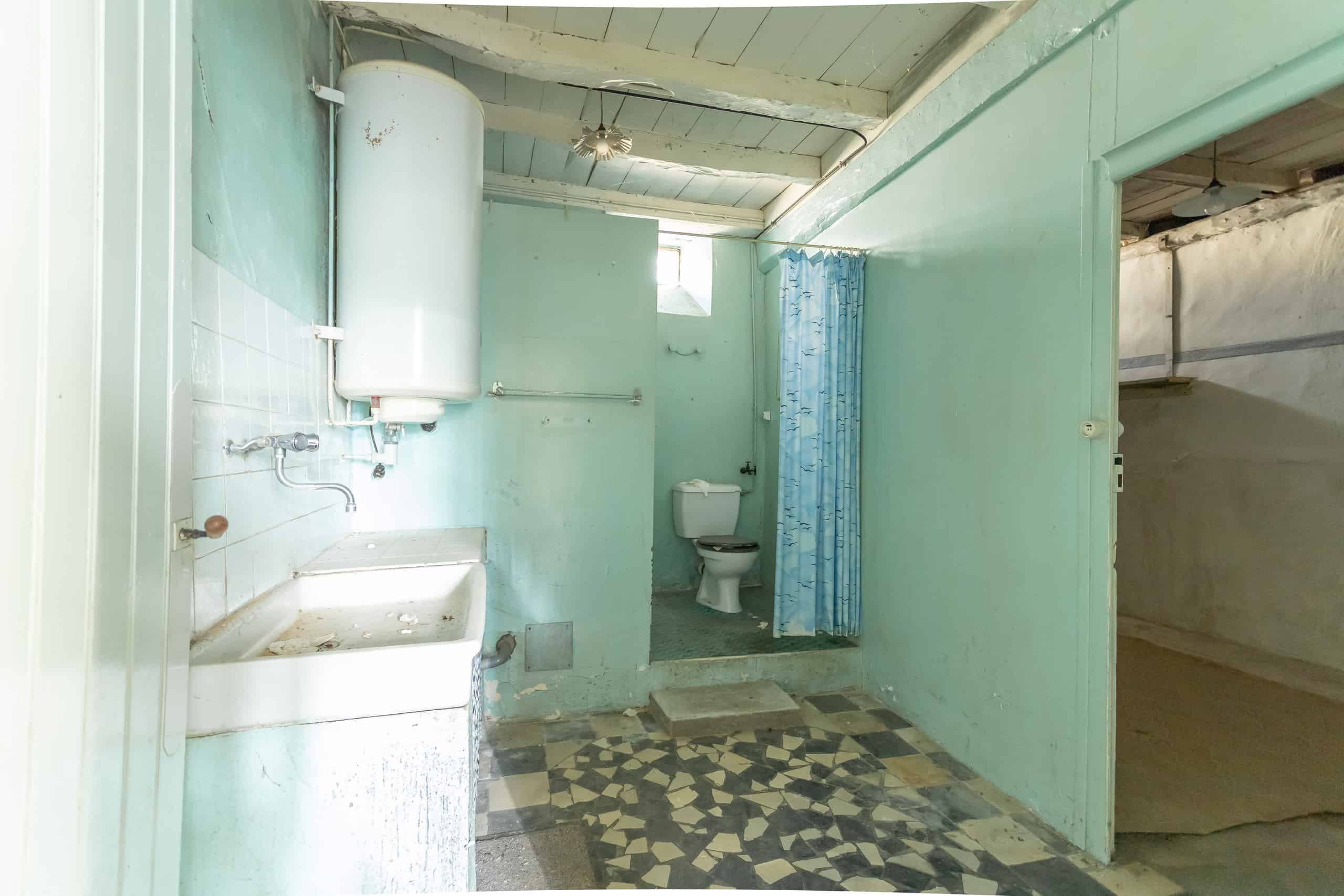 Bathroom-WMC021