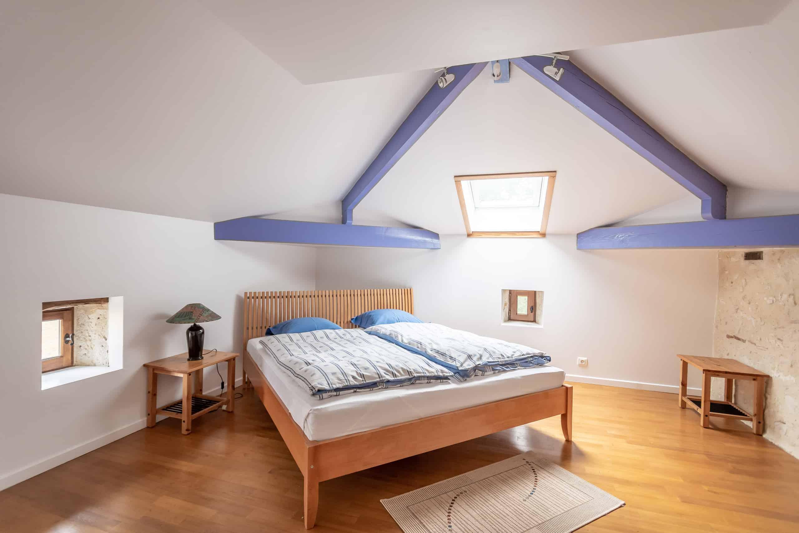 Bedroom-WMC017