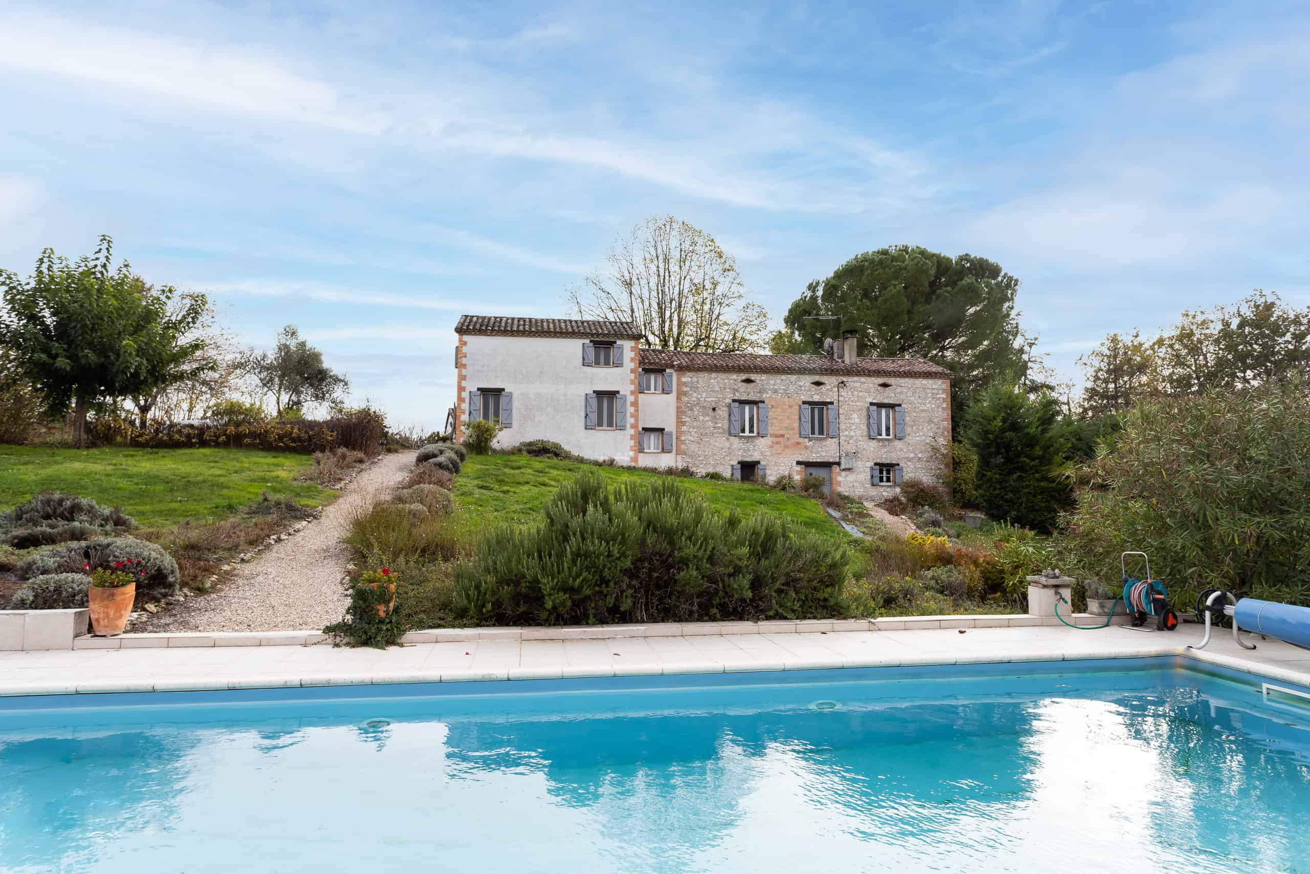 Country house with guest annexe
