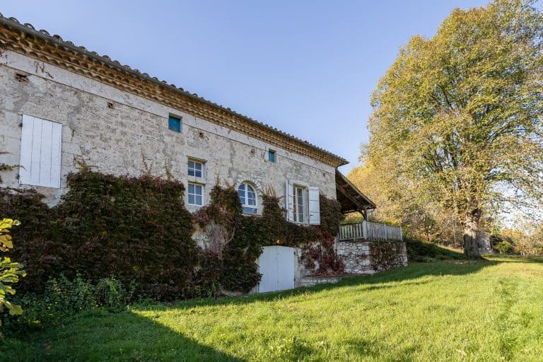 Three-bedroomed period house