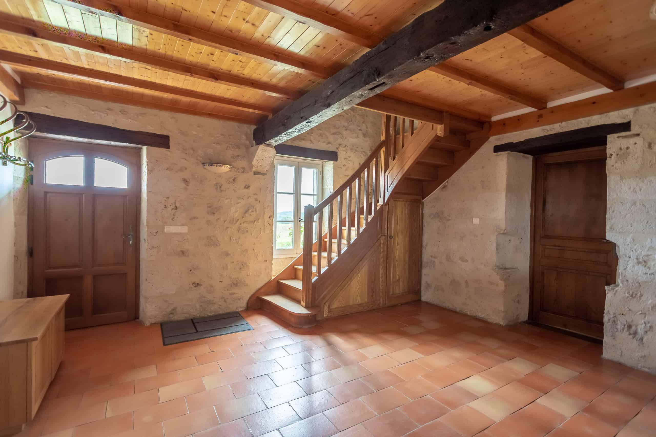 Hallway-WMC017