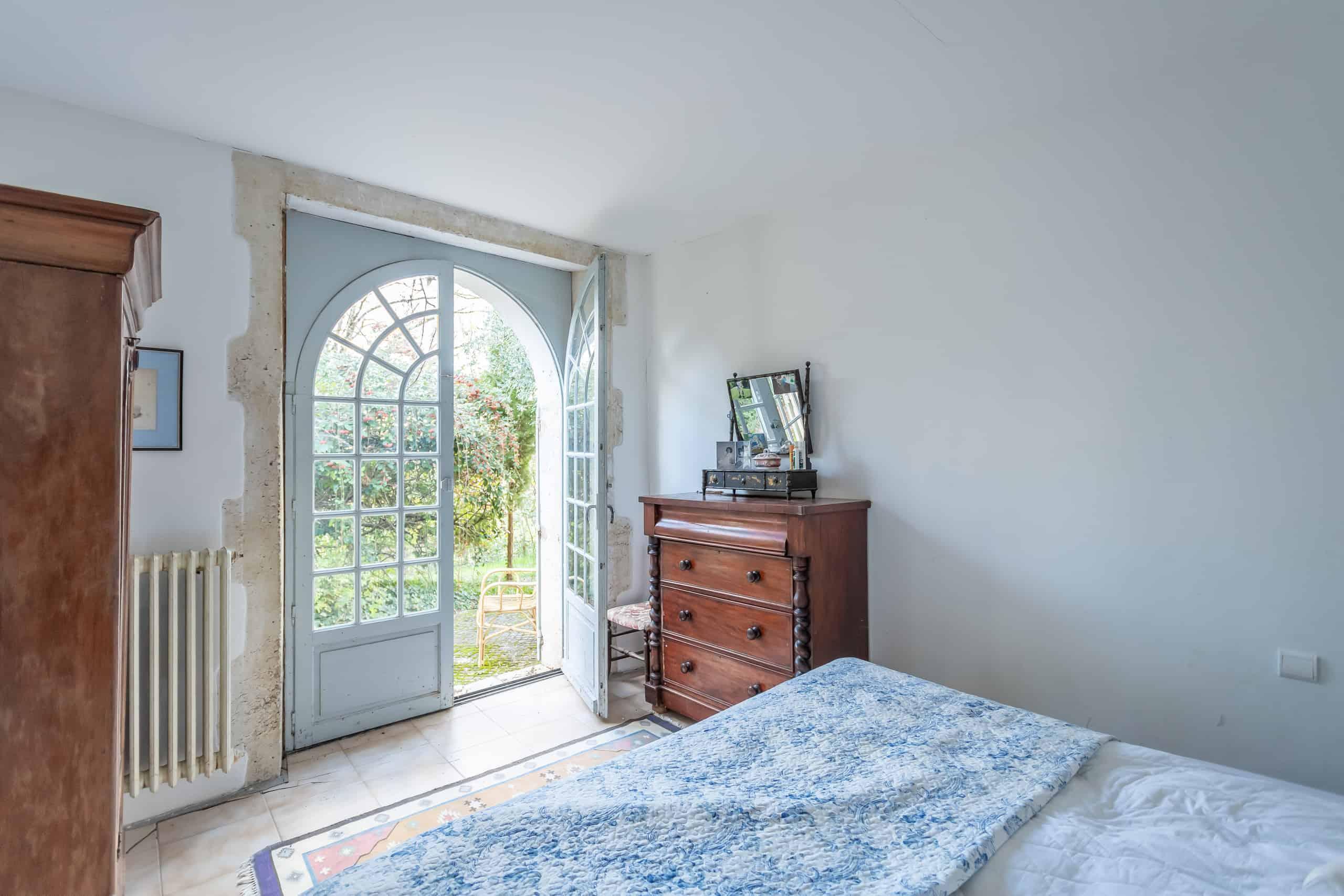 Bedroom-Double-WMC026