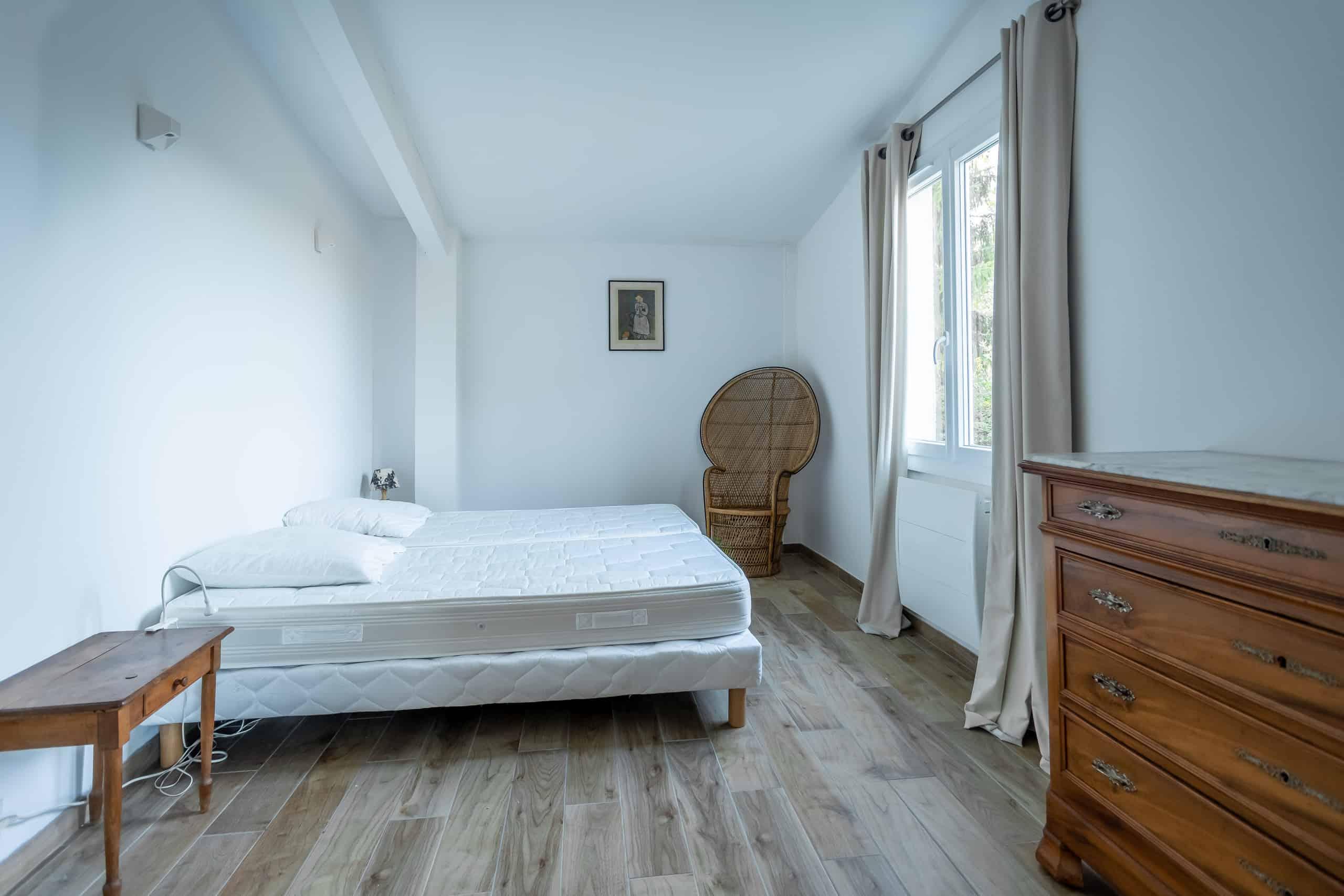 Bedroom-WMC028