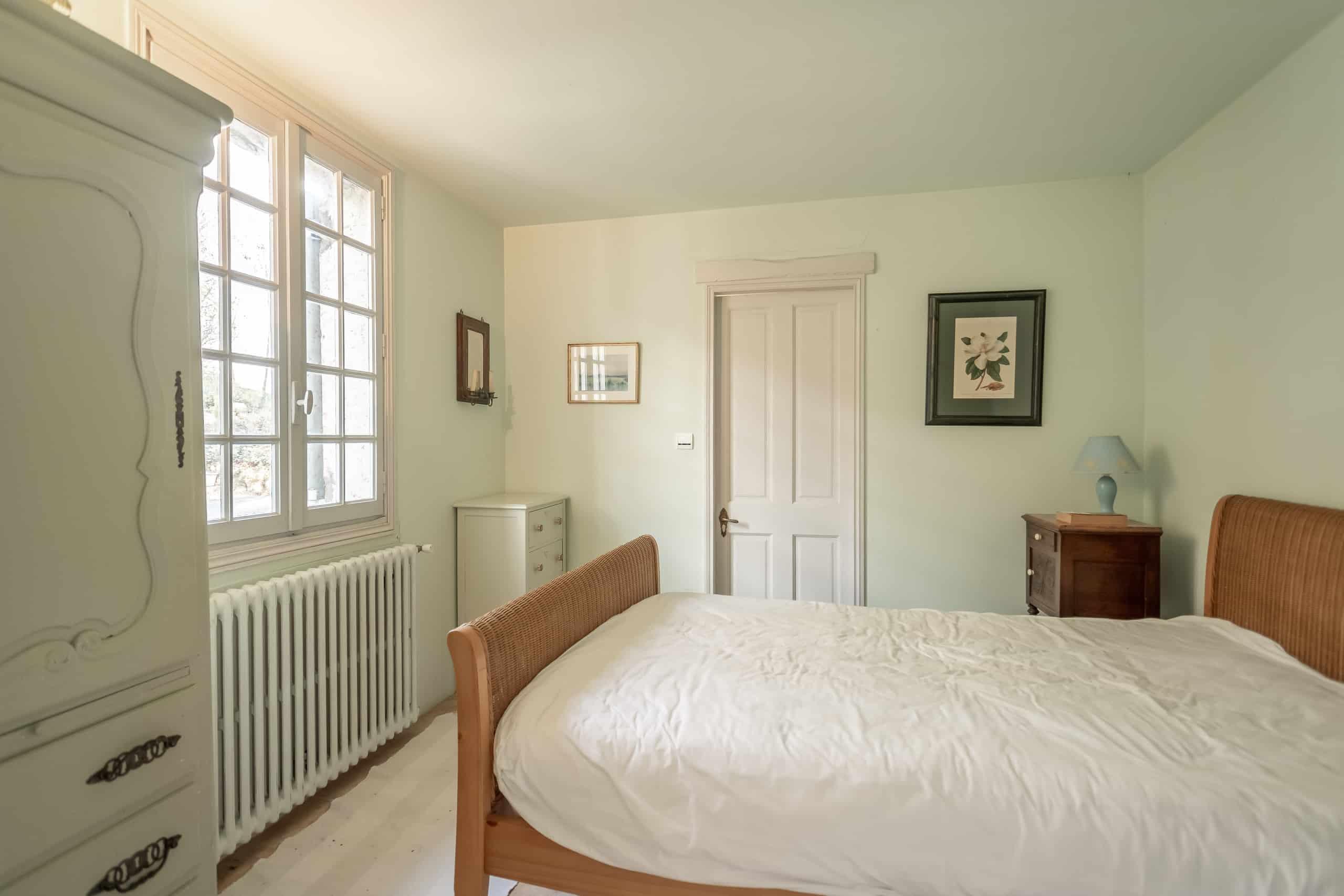Bedroom-guest-WMC026