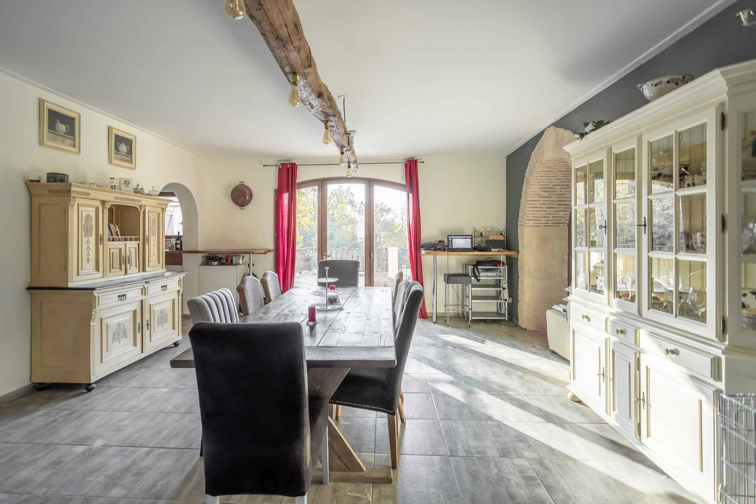 Diningroom-WMC027 (1)