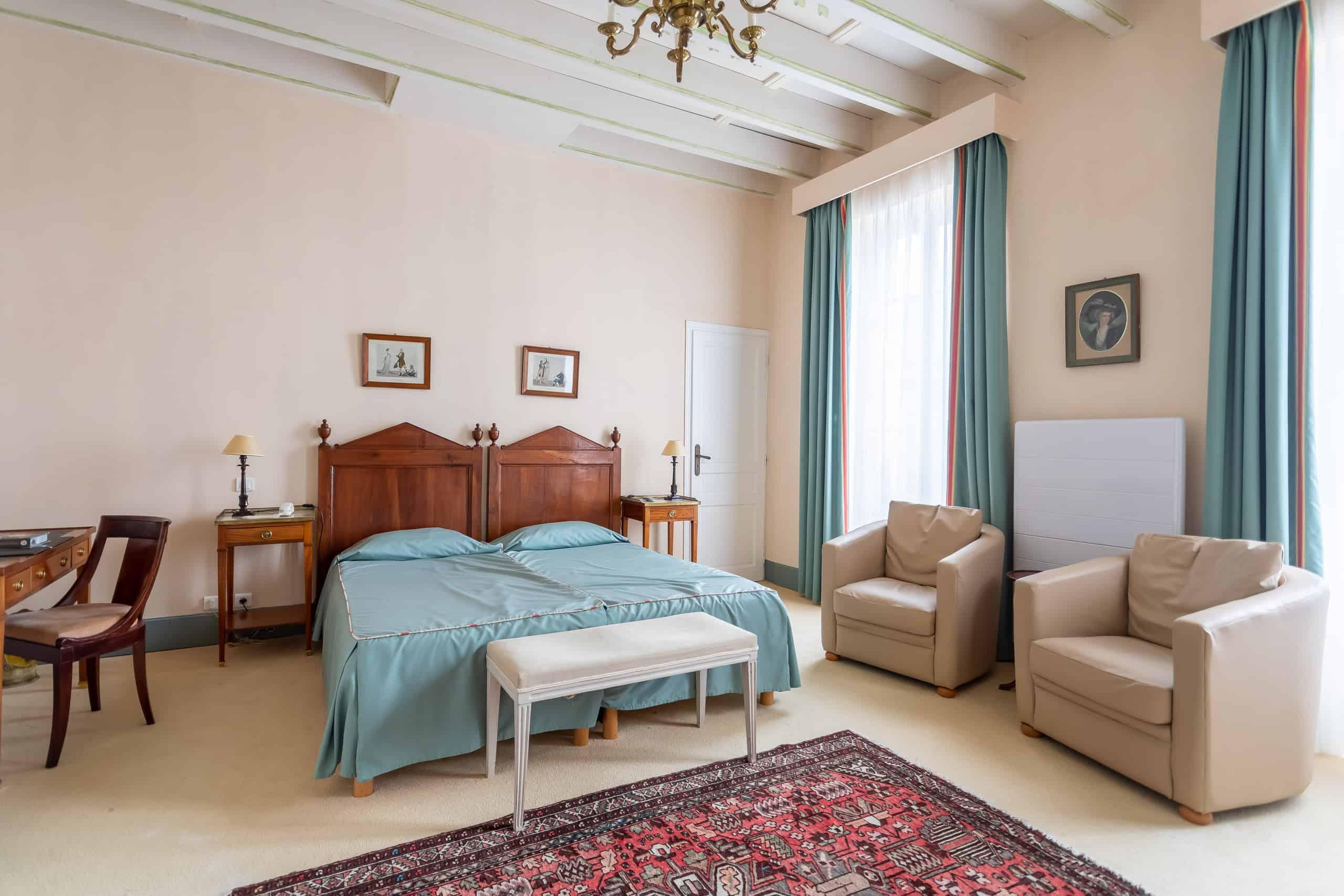 WMC030-Bedroom