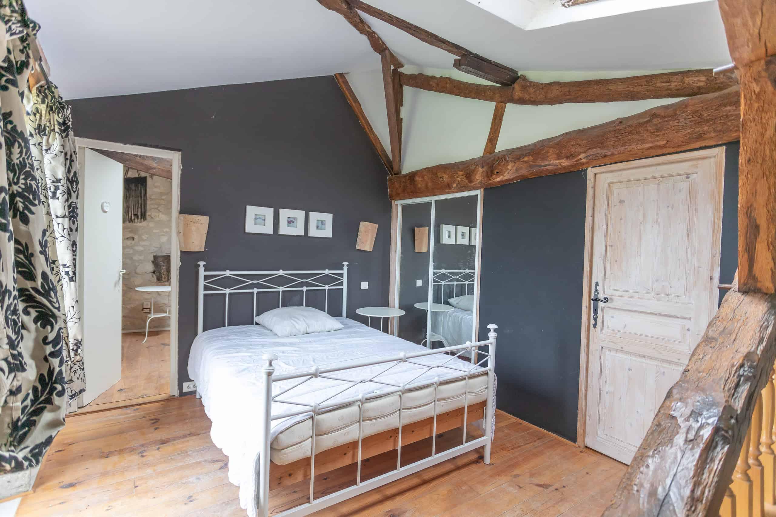 Poutres-Chambre à coucher-WMC032