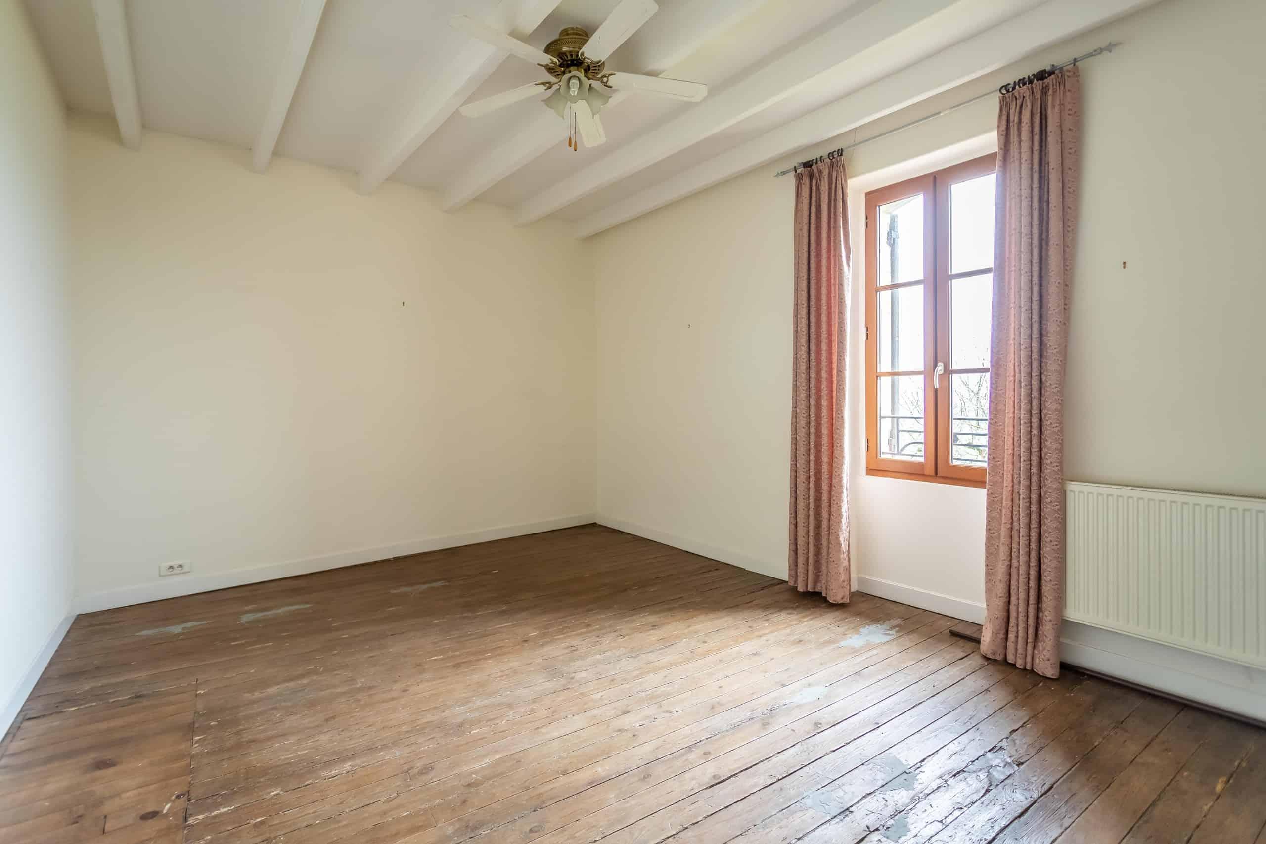 Chambre à coucher-bois-WMC037