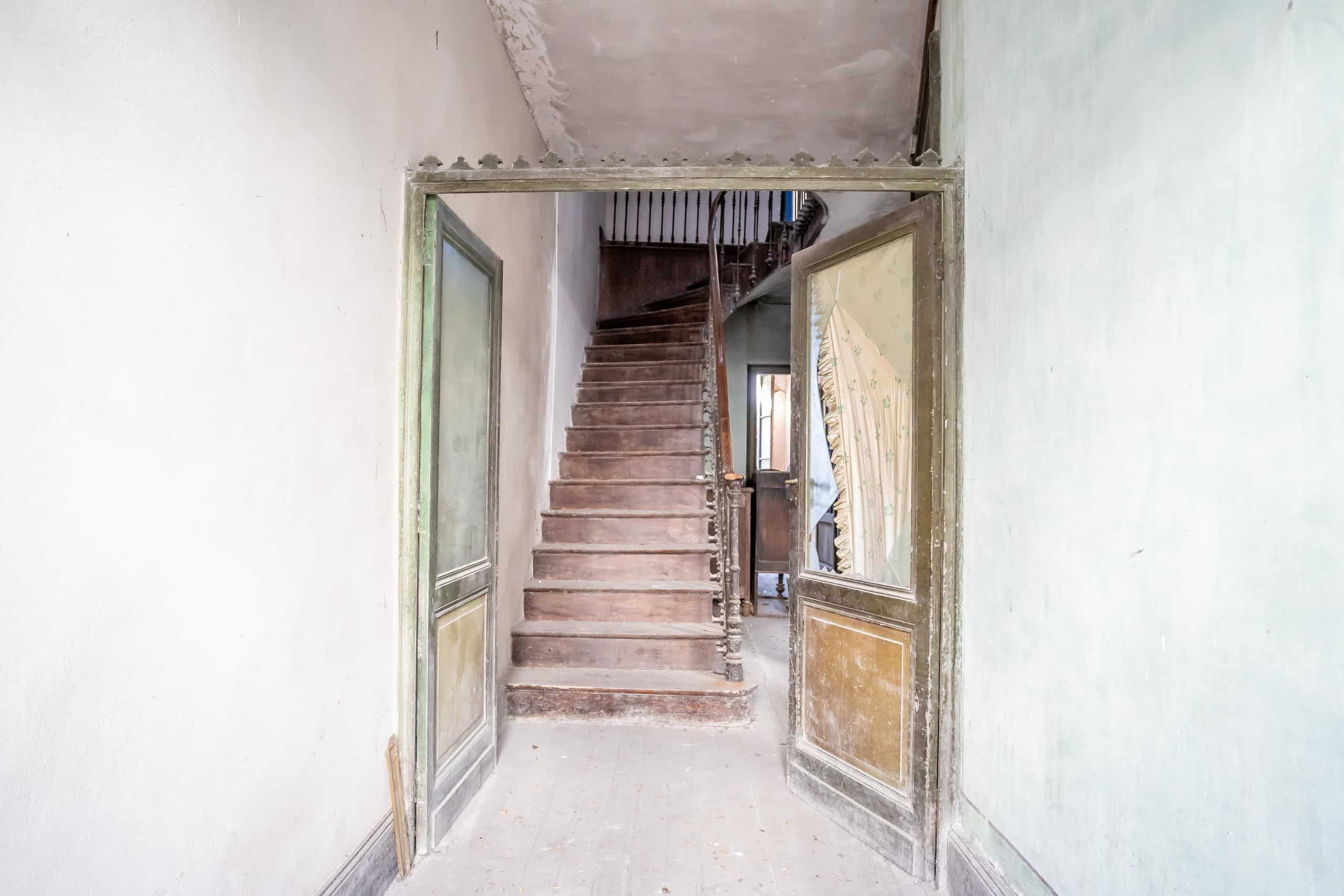 Entrance-WMC051