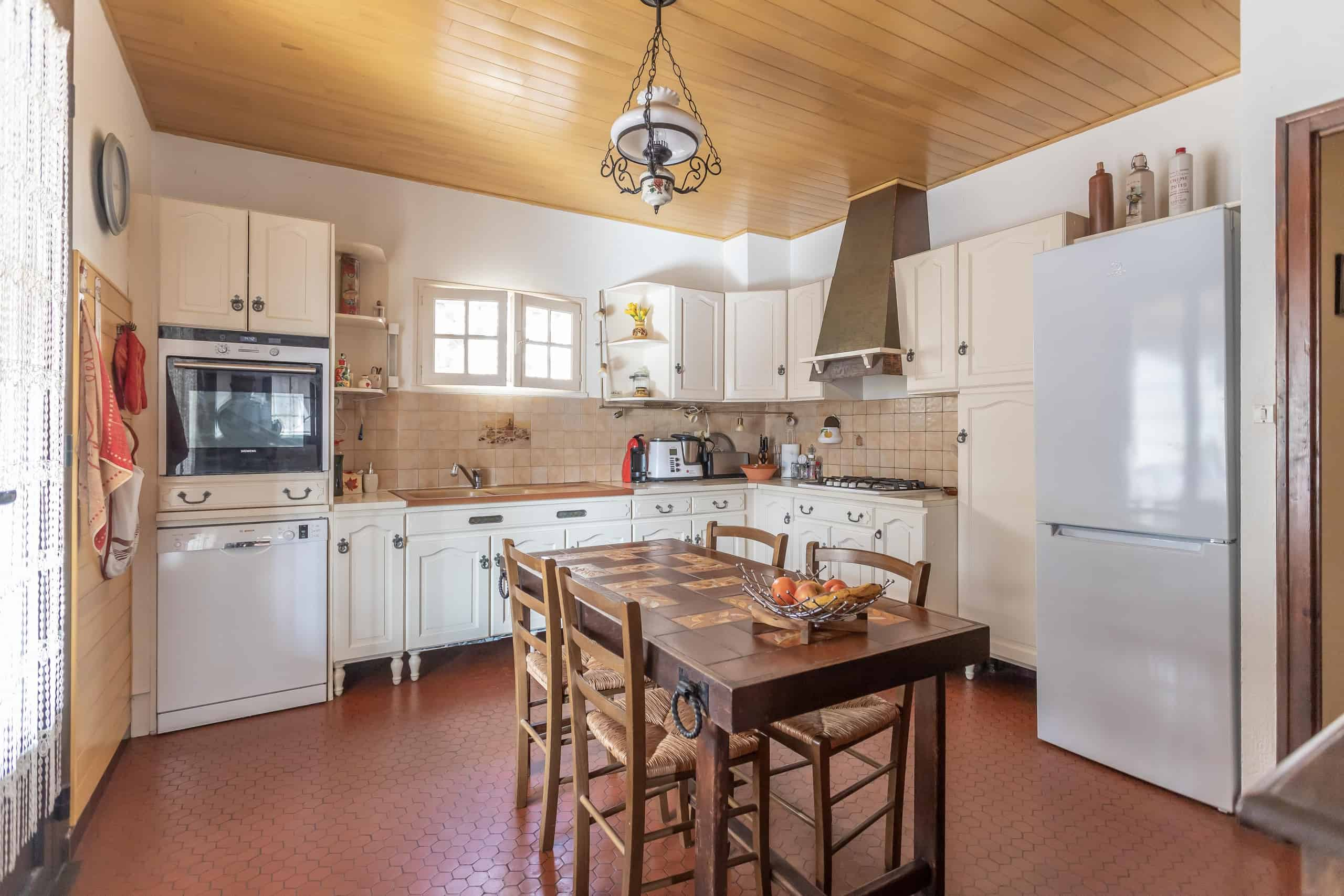 Kitchen-WMC057