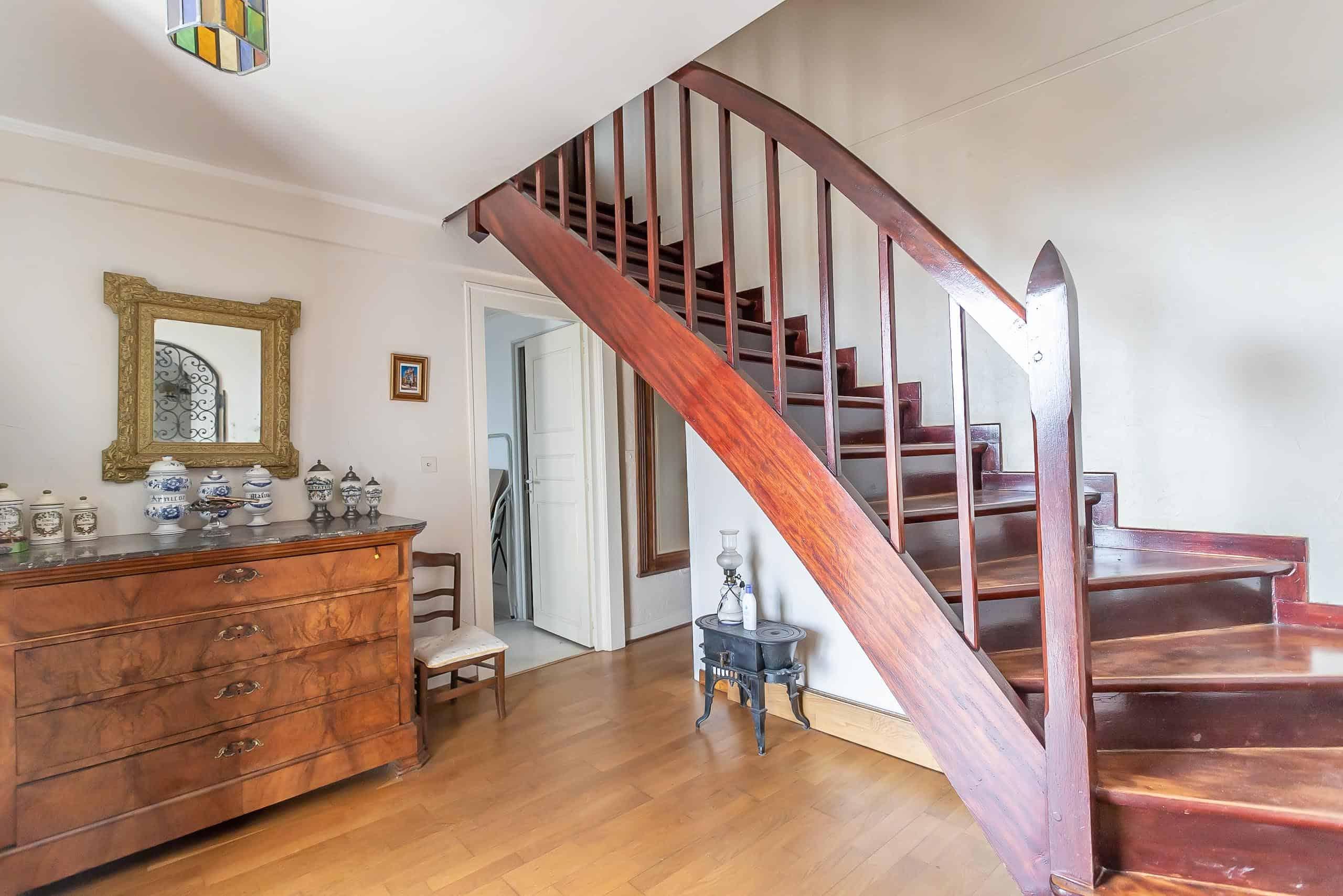 Staircase-WMC057