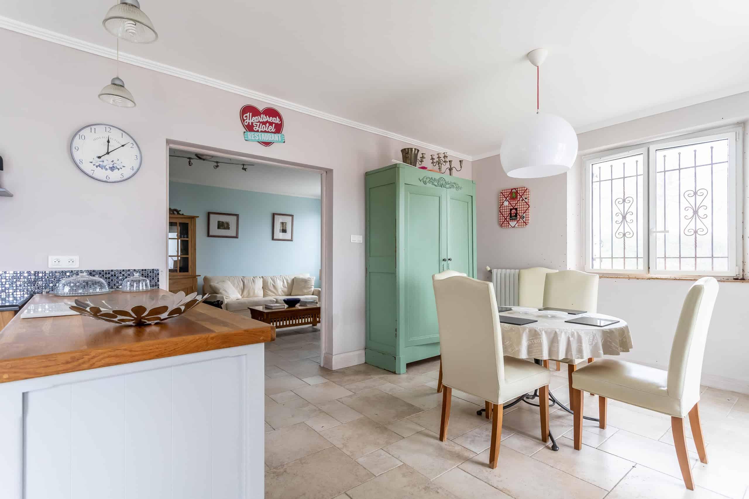 Diningroom-WMC053