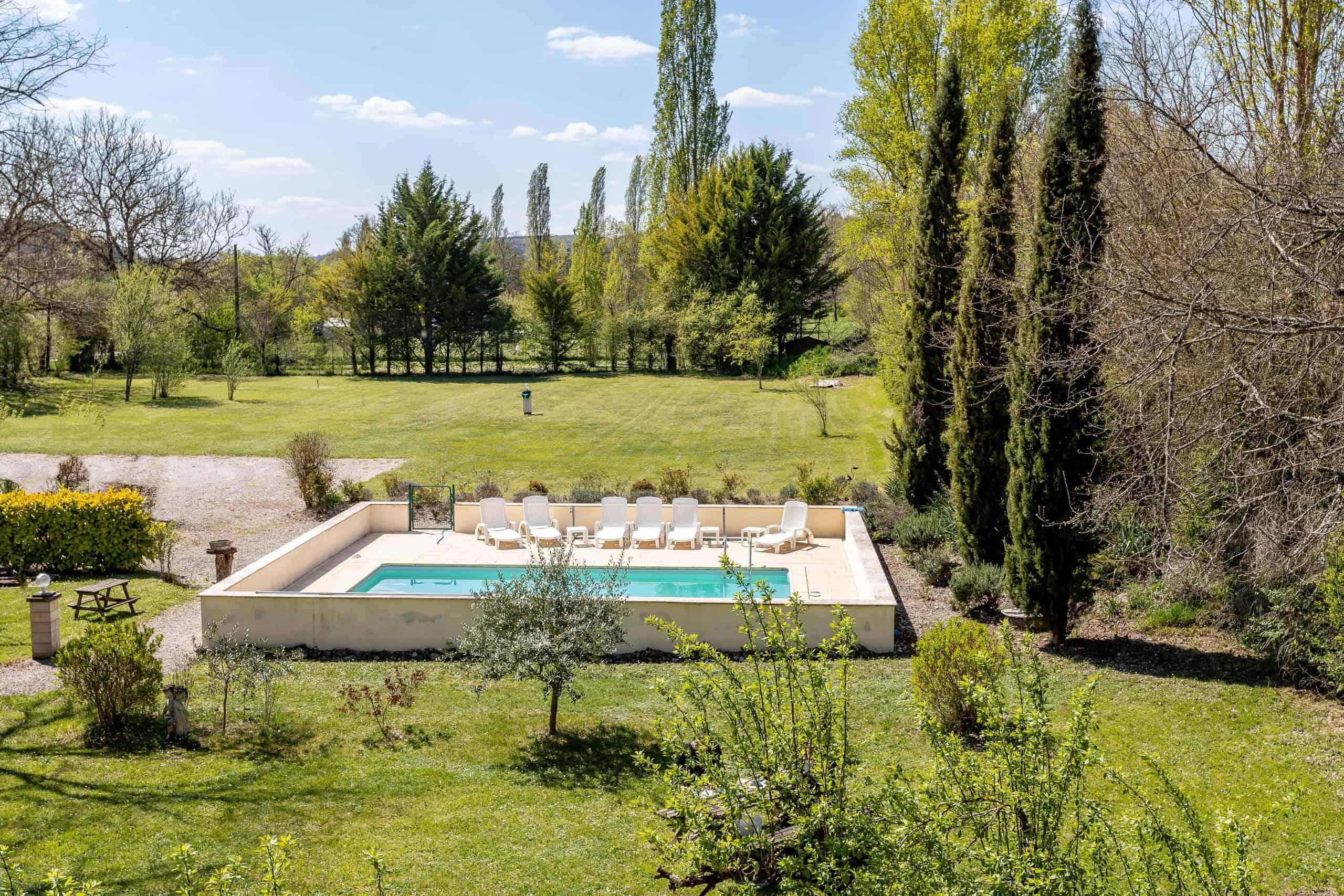 Pool-WMC067
