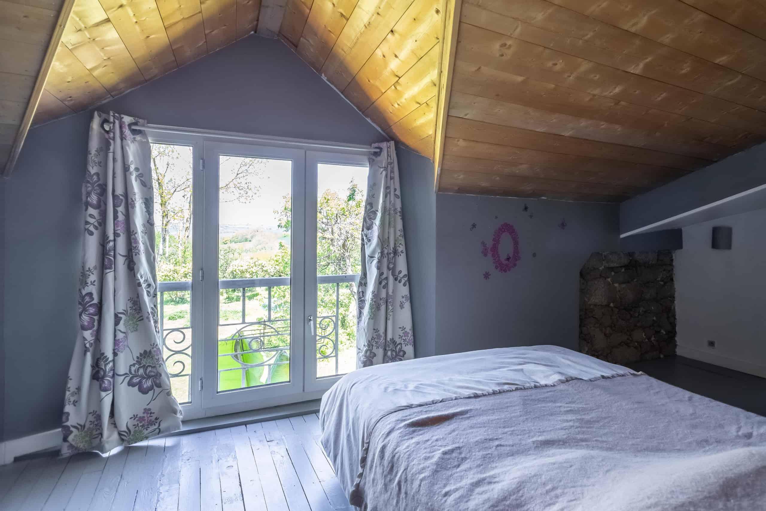 Bedroom-WMC070 (1)