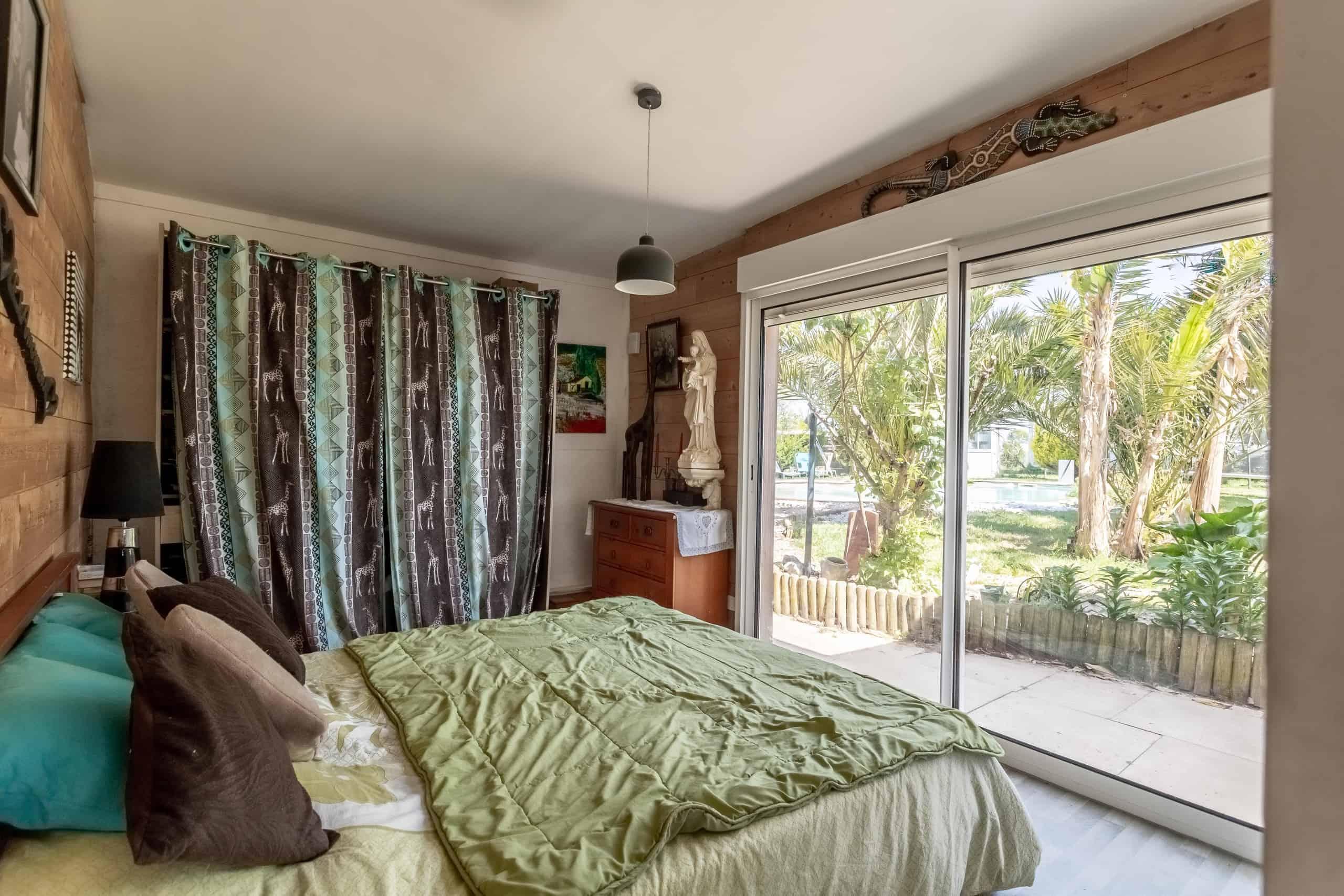 Bedroom-WMC070