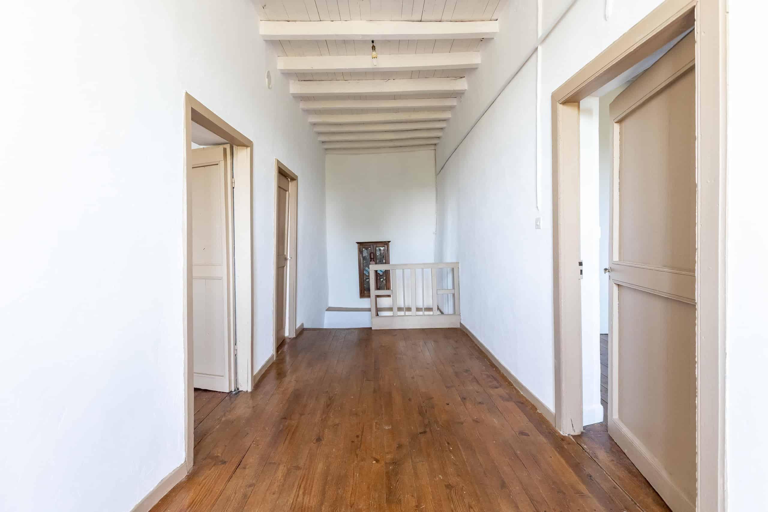 Hallway-WMC070