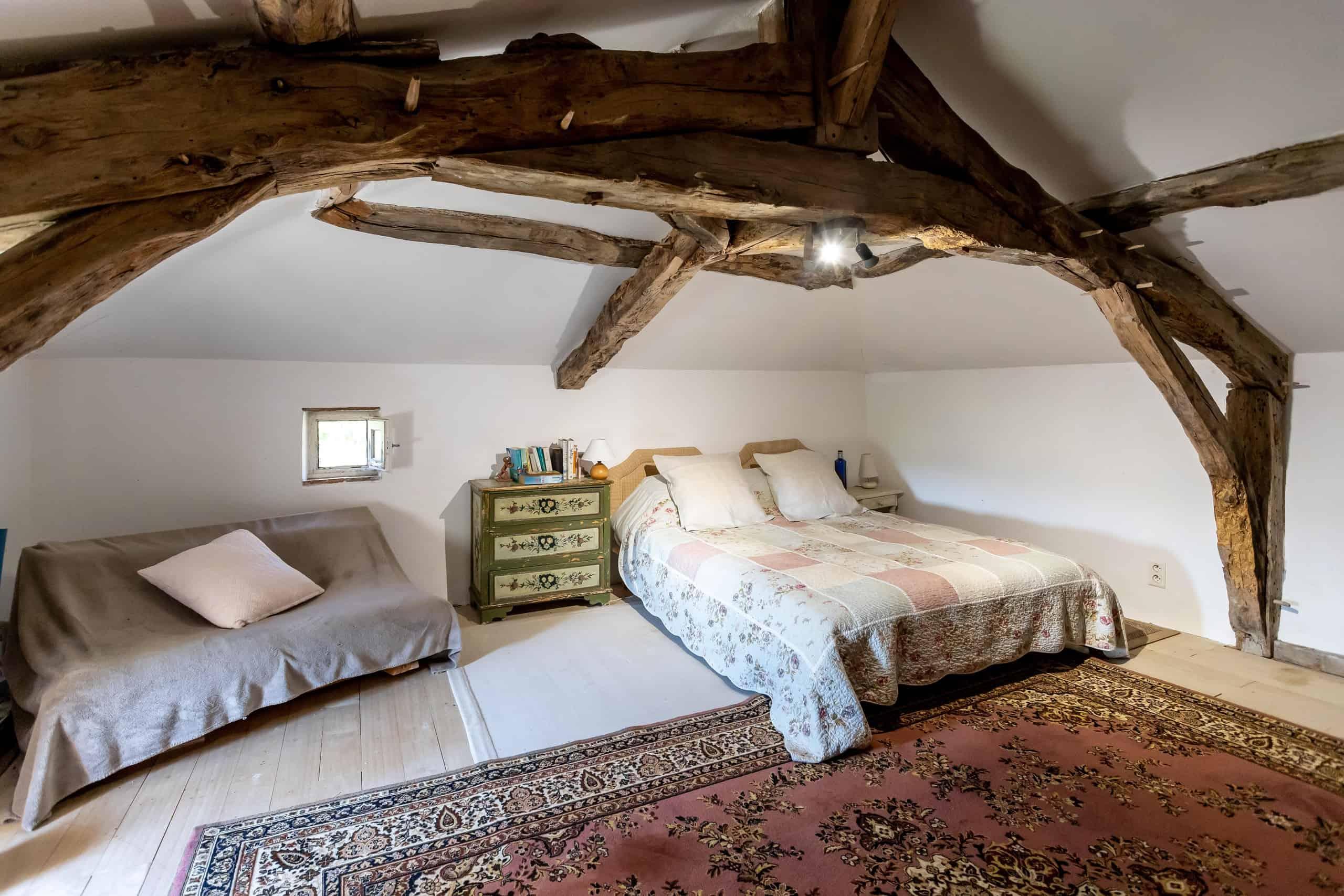 Bedroom-attic-WMC077