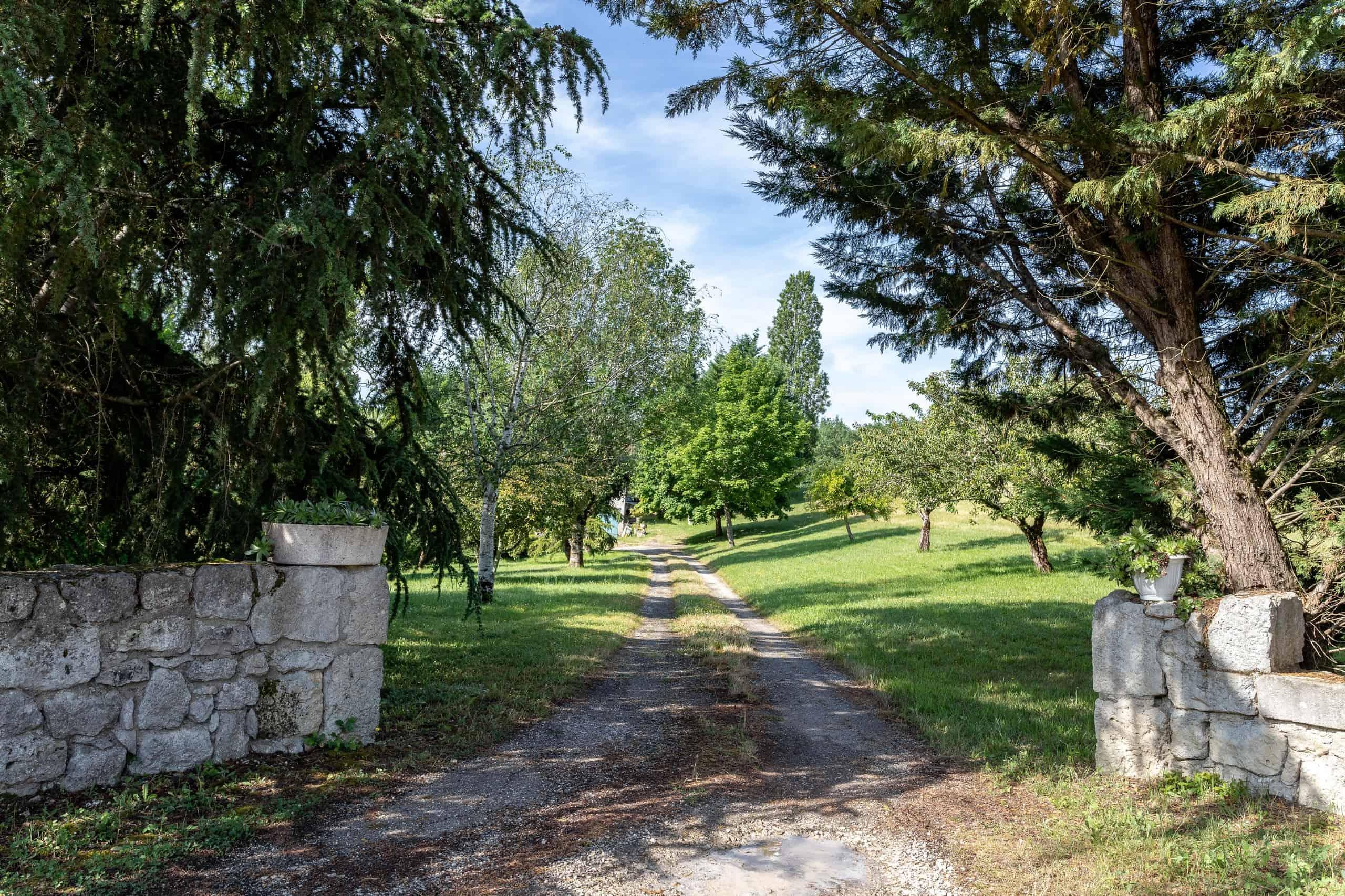 Entrance-WMC080