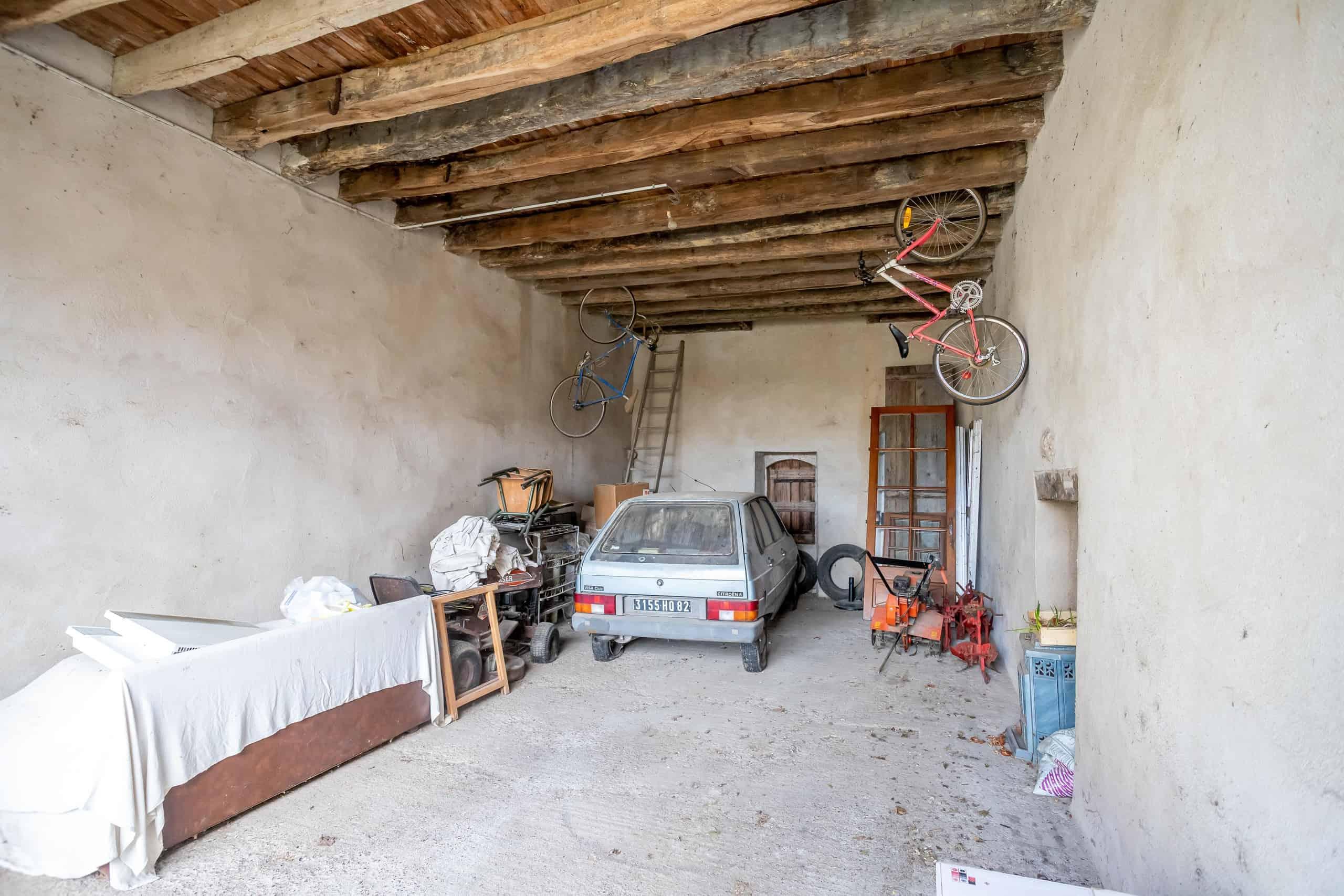 Garage-2-WMC074