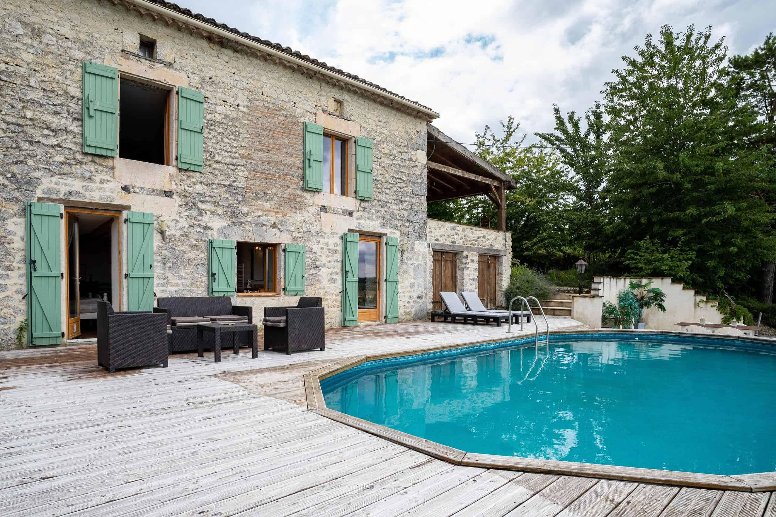 3-Pool-terrace-WMC082