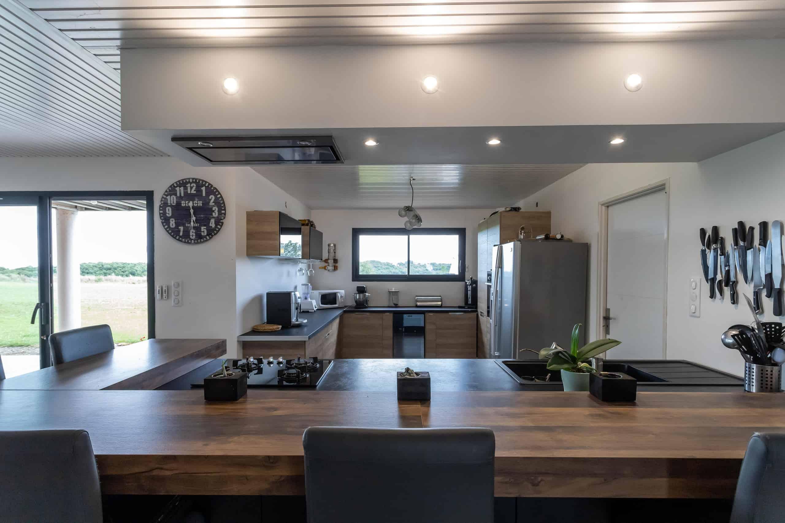 Kitchen-bar-WMC092