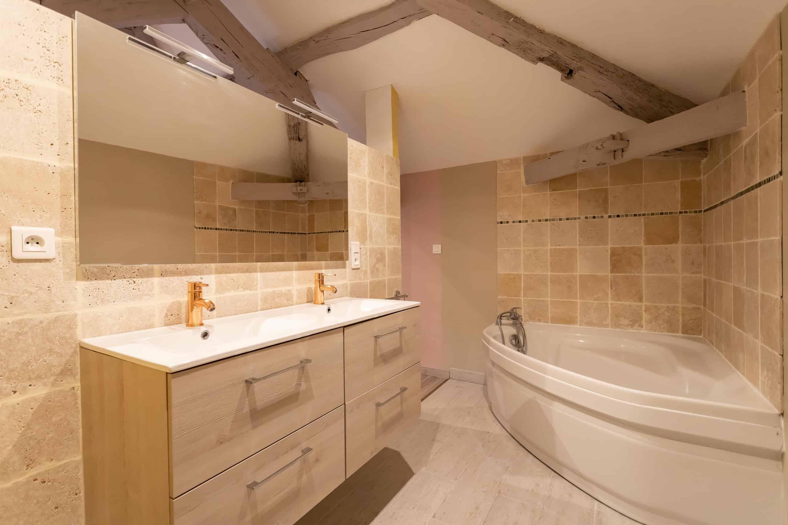 Bathroom-2-WMC106