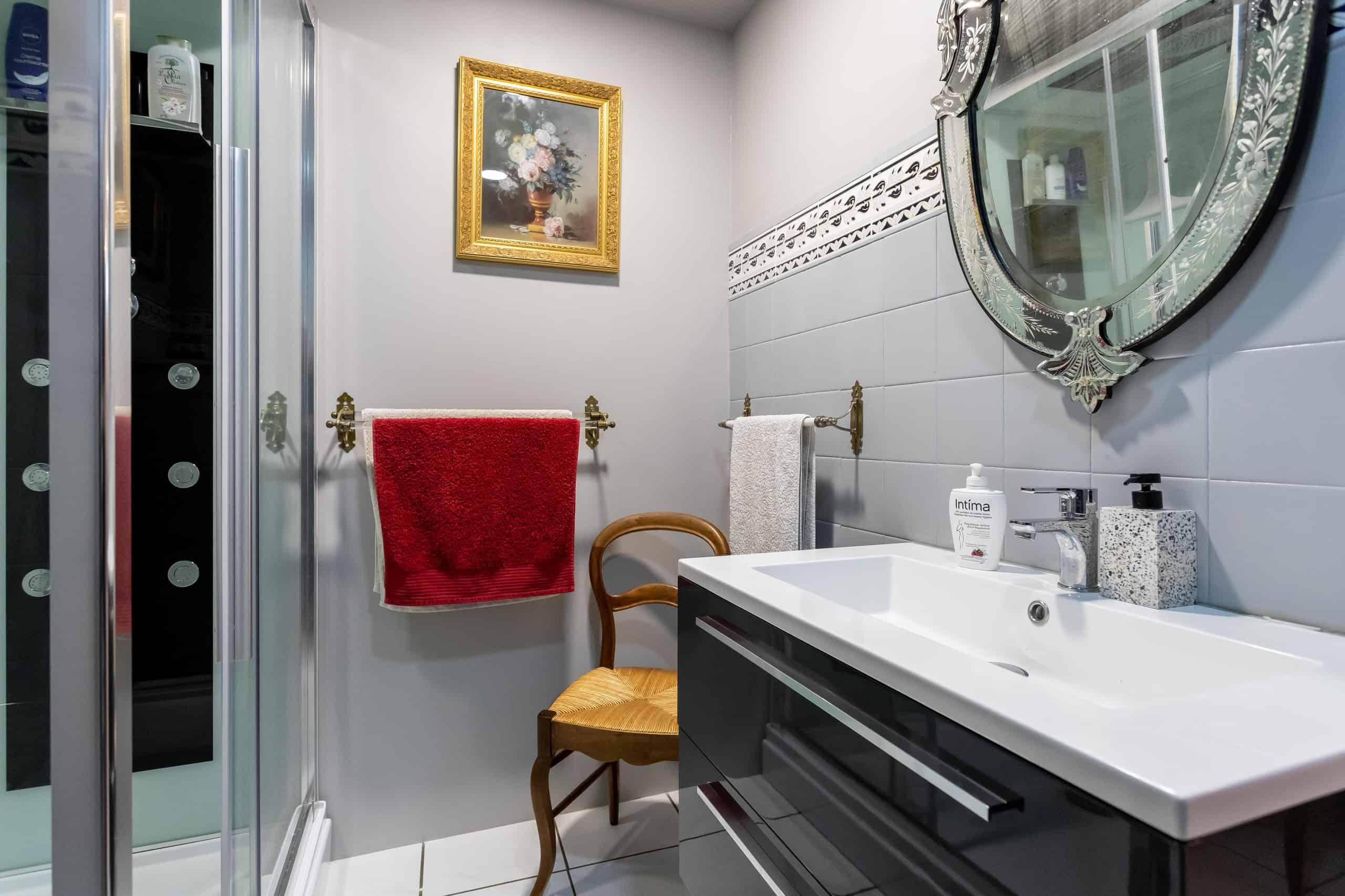 Bathroom-WMC096