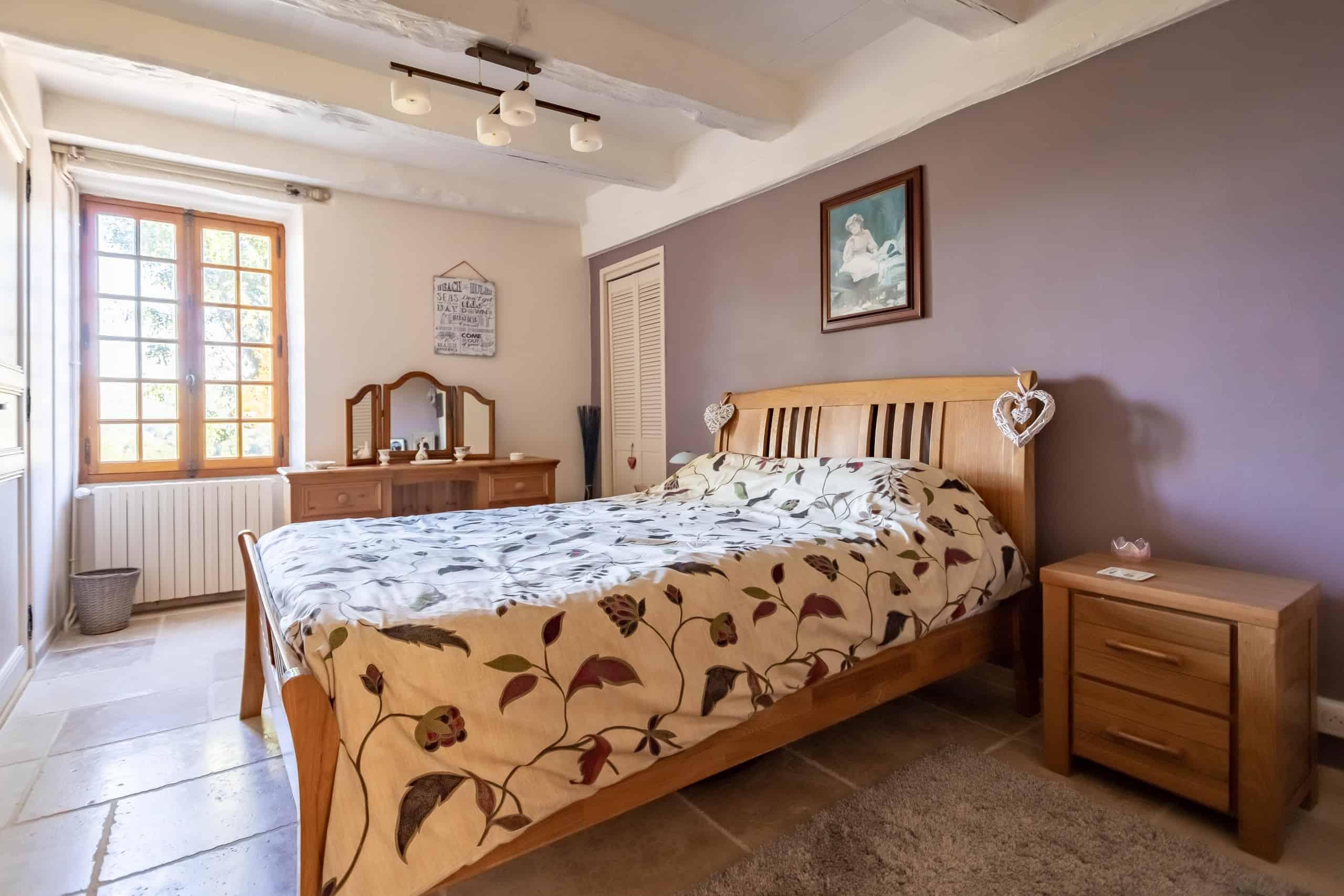 Chambre à coucher-2-WMC099