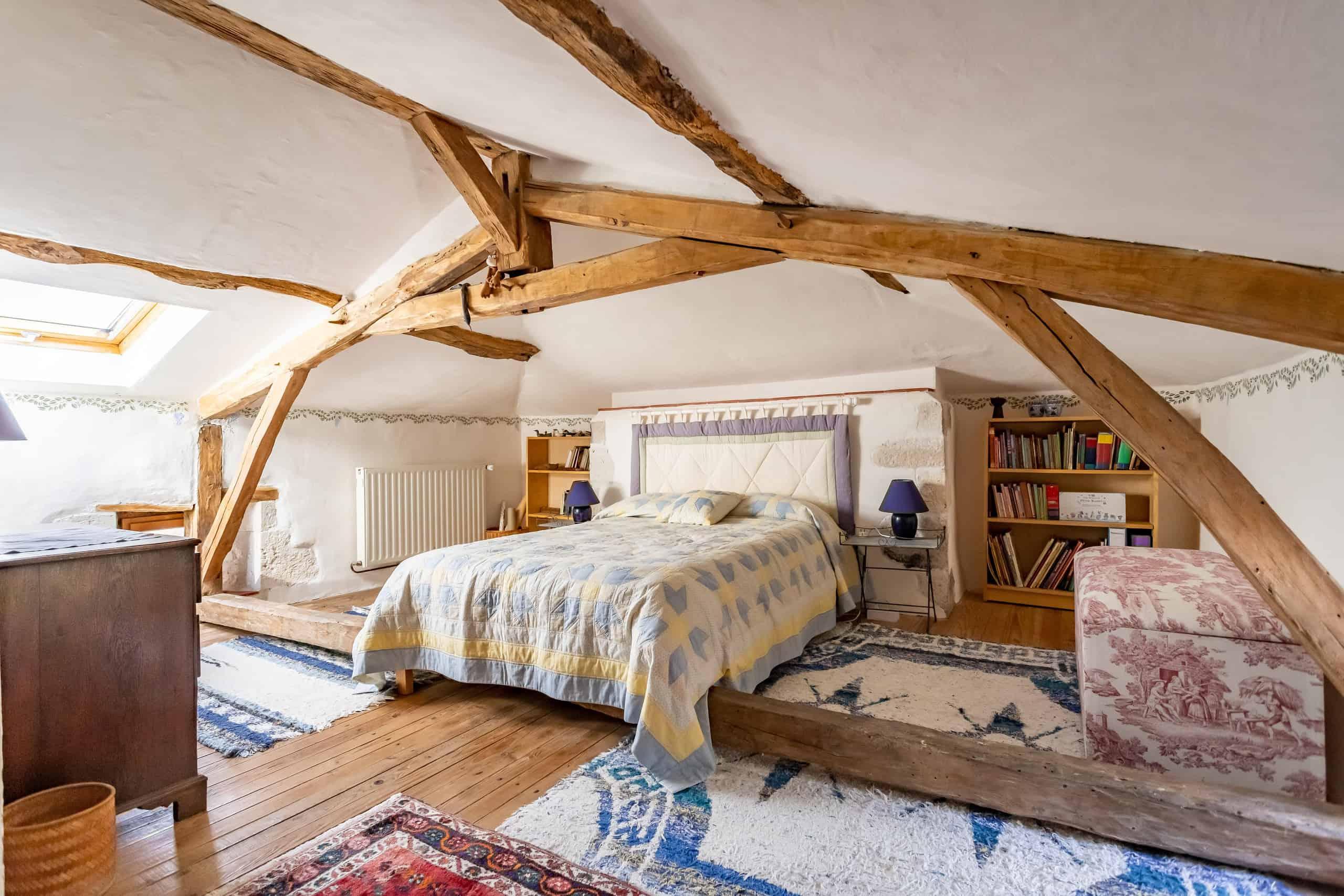 Chambre à coucher-2-WMC103