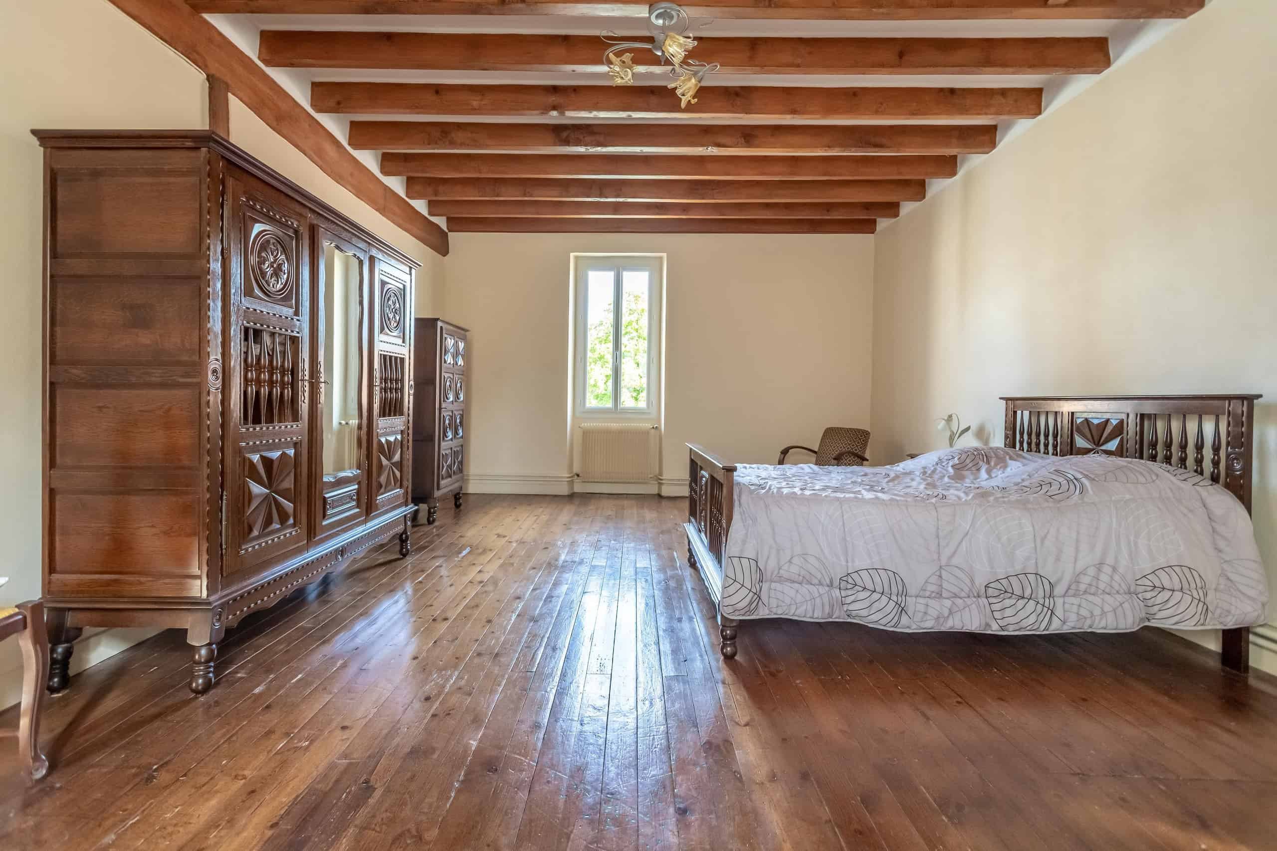Bedroom-WMC095