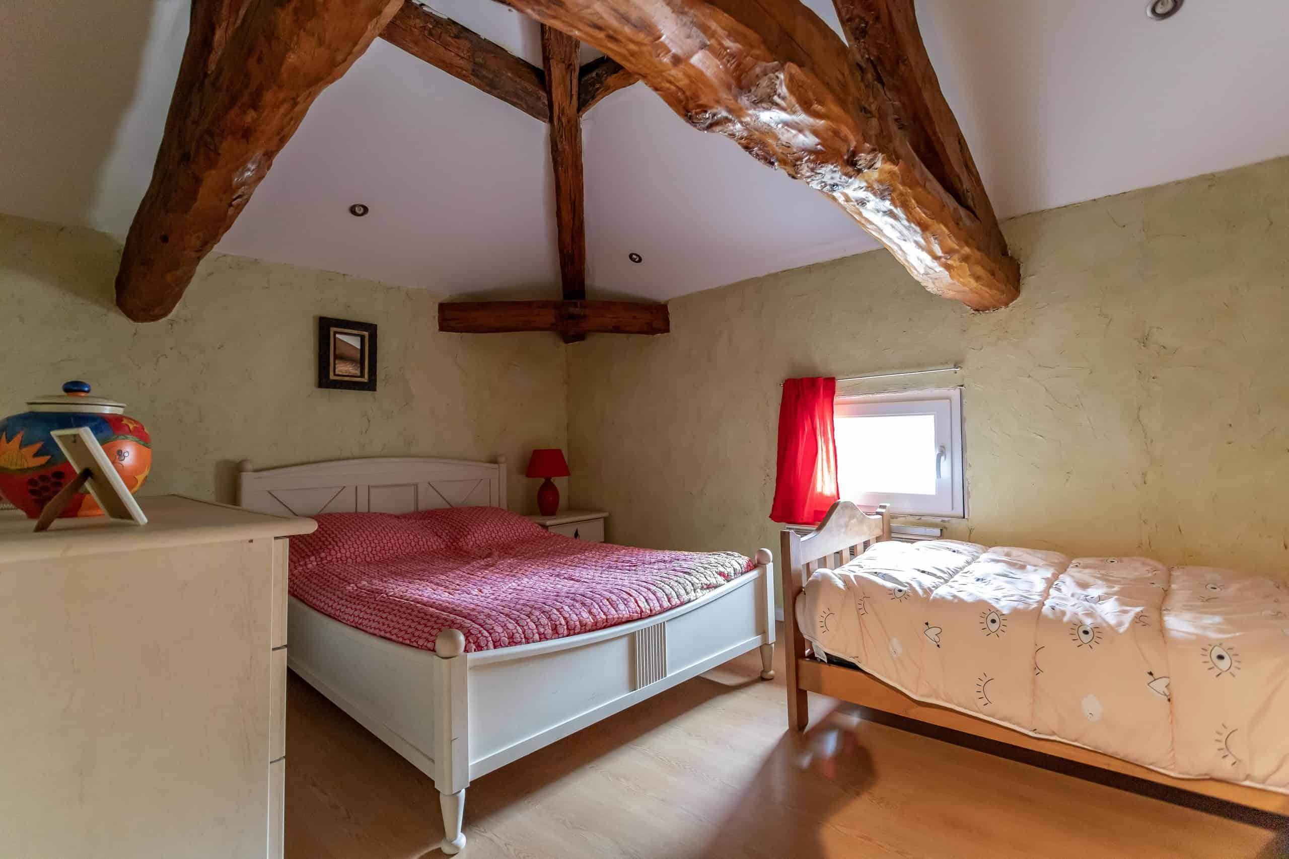 Bedroom-WMC106
