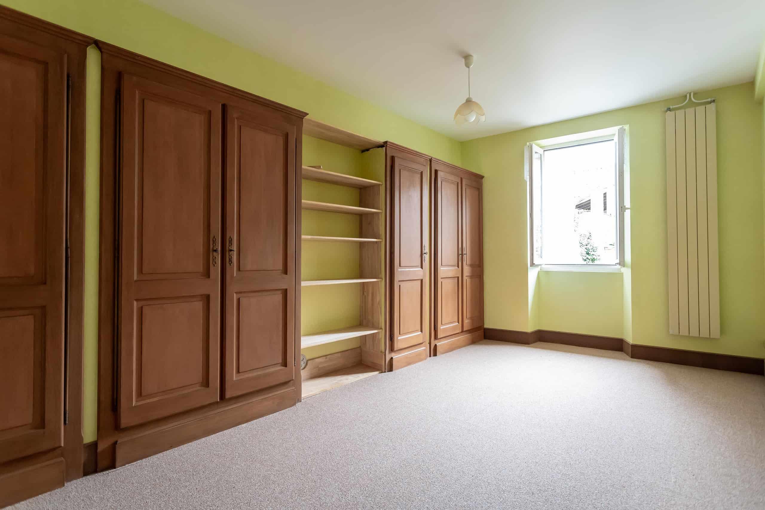 Chambre à coucher-maître-WMC090