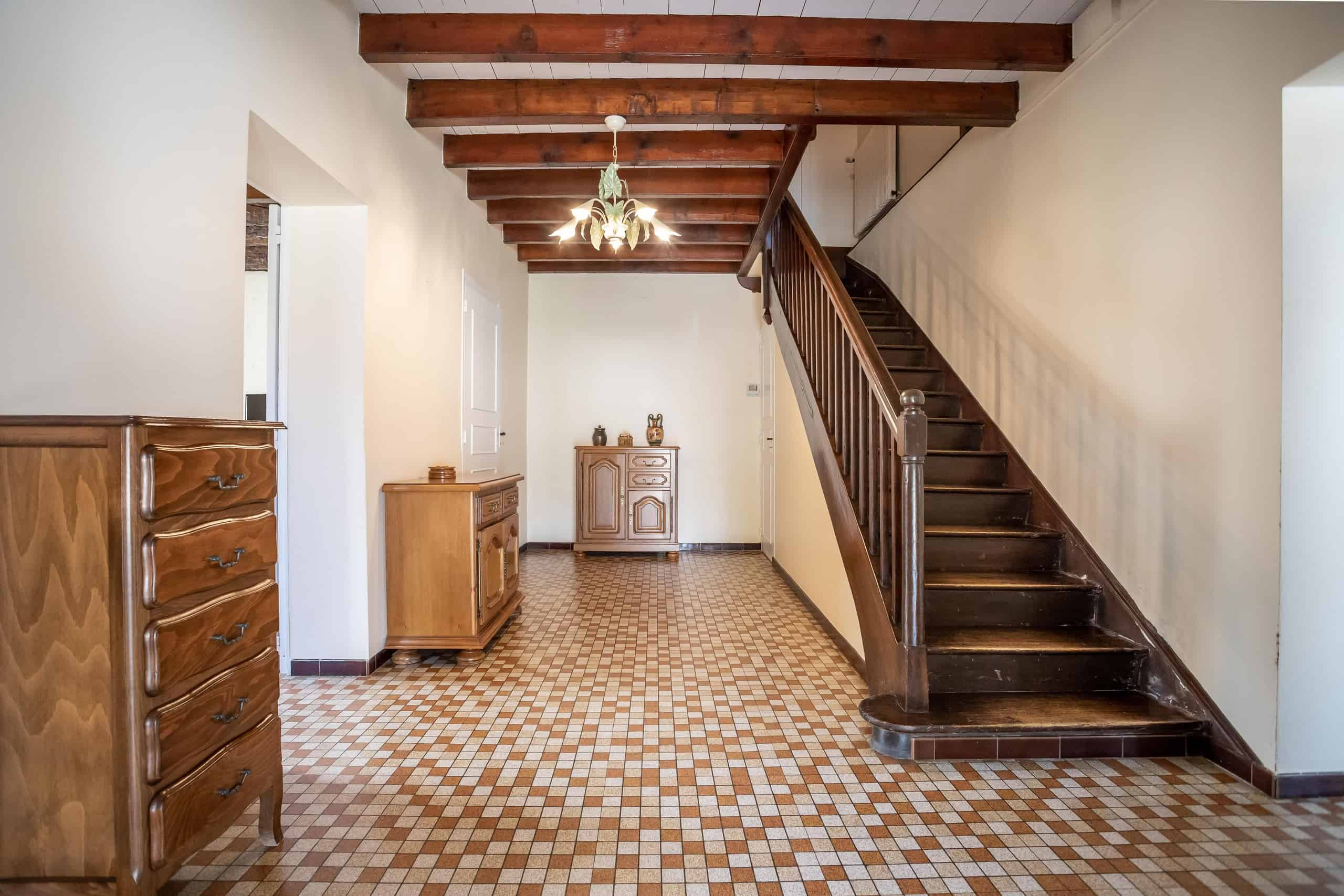Hallway-WMC095