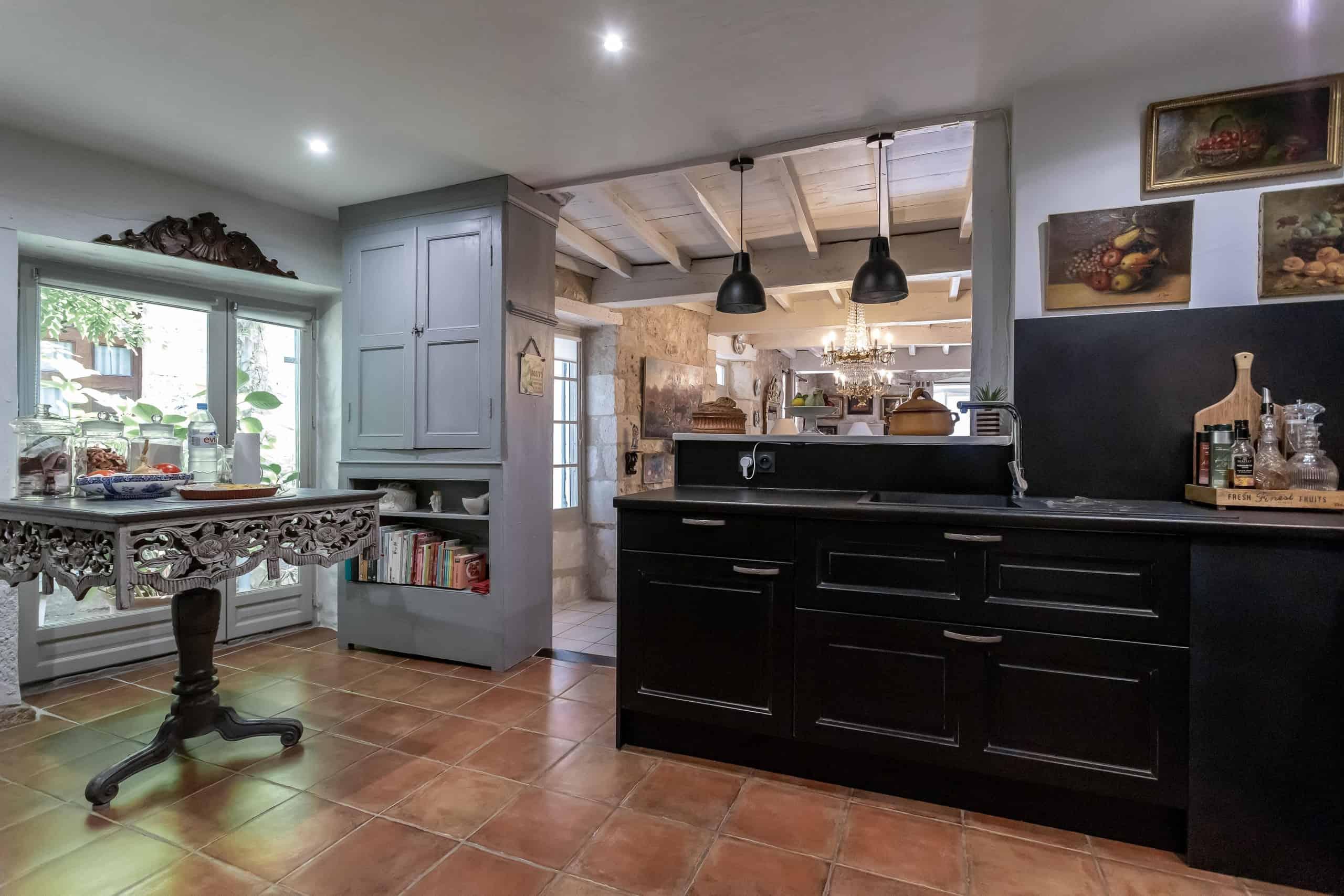 Kitchen-2-WMC096