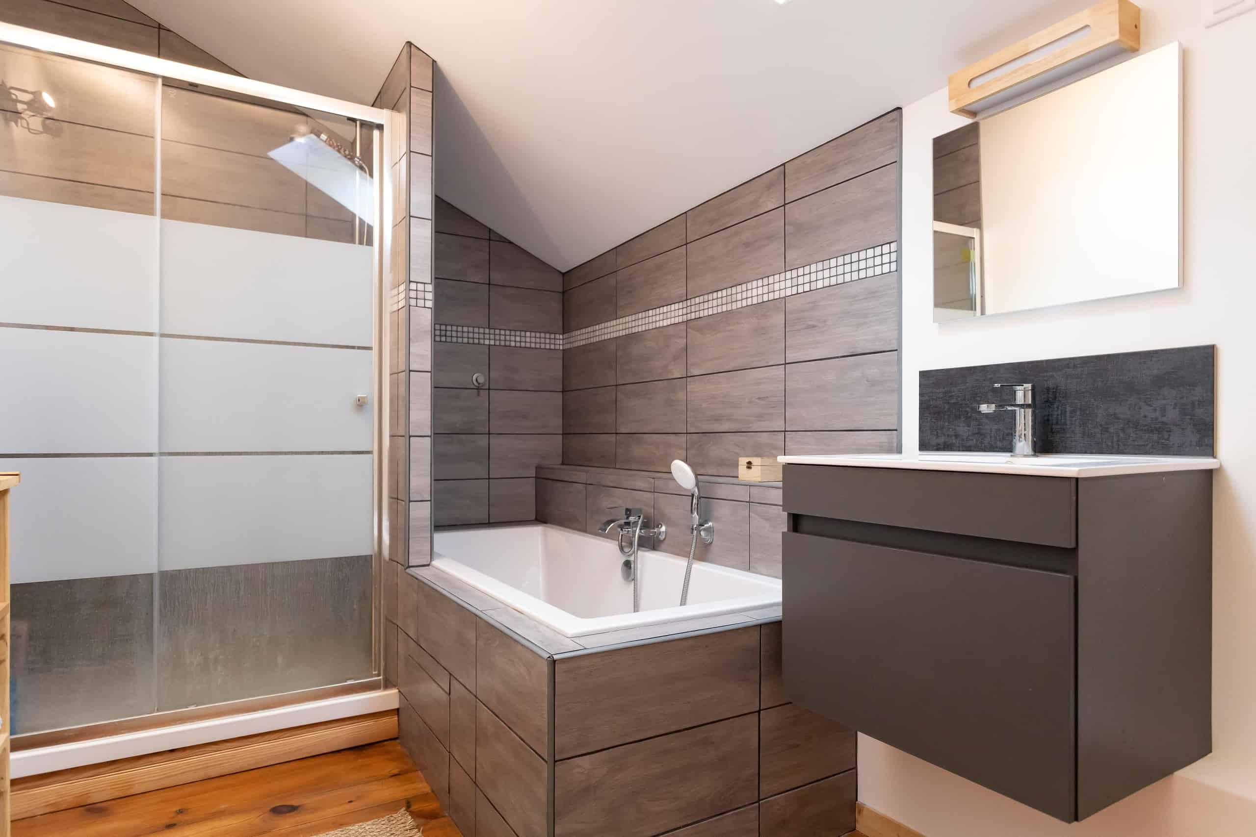 Bathroom-WMC105