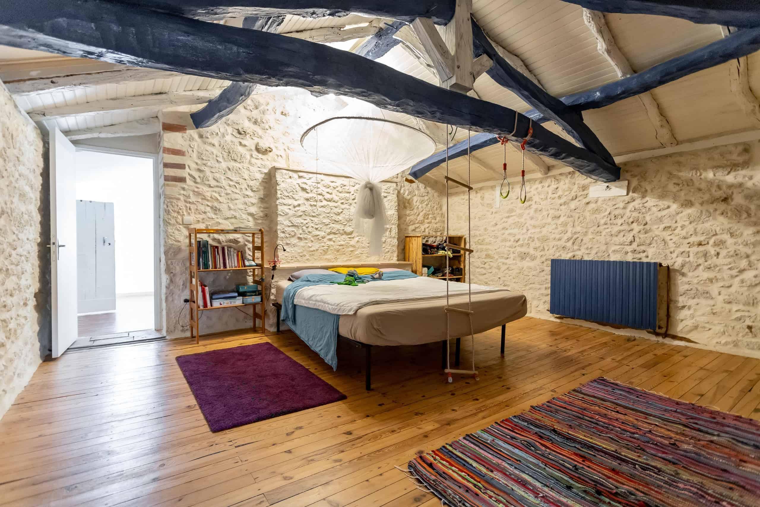 Bedroom-WMC105