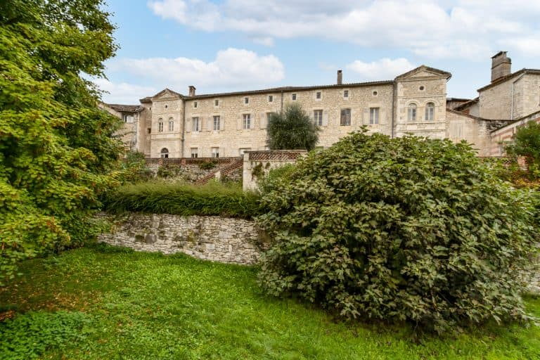 Manor house in a Quercy village