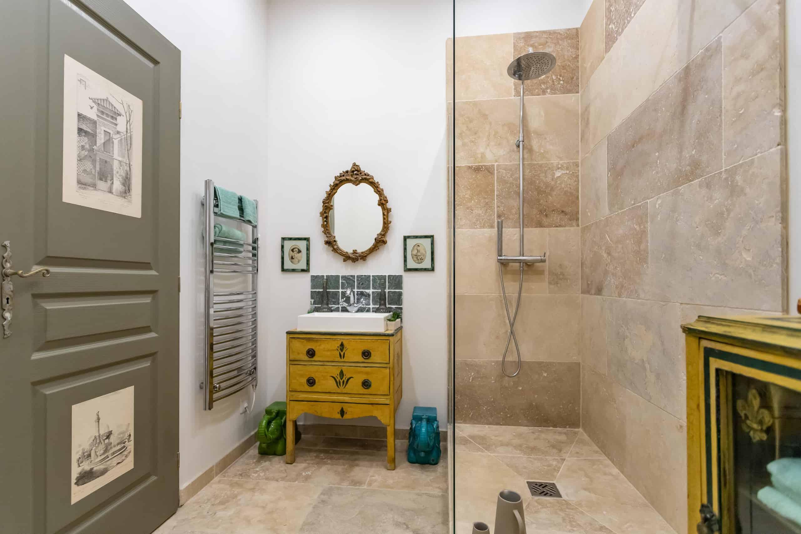 Shower-room-WMC108